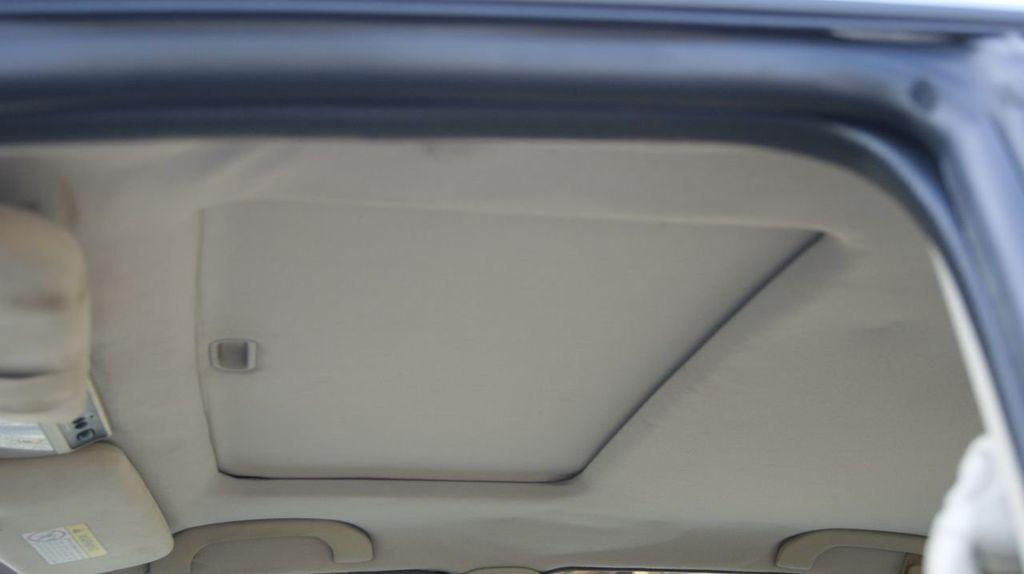 2001 Mitsubishi Diamante 4dr Sedan LS - 18962794 - 45