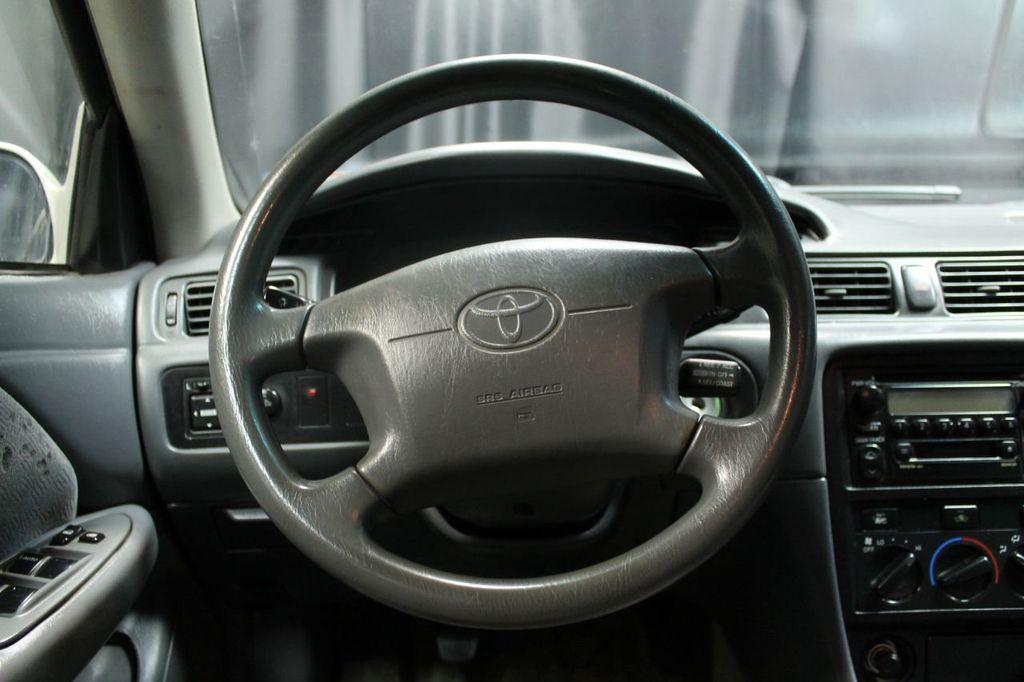 2001 Toyota Camry 4dr Sedan Ce Manual 16634536 19