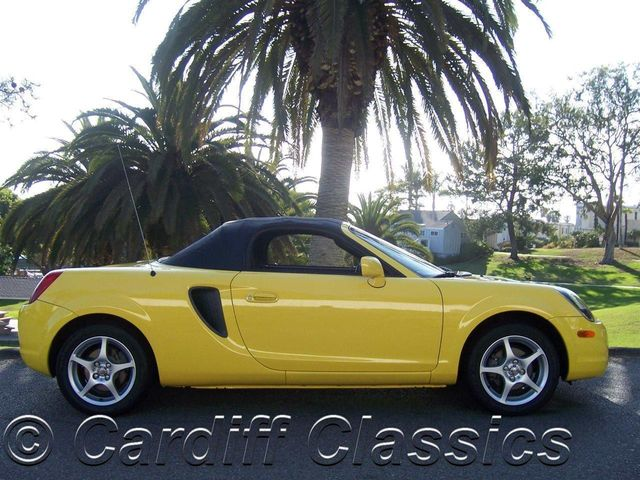 2001 used toyota mr2 spyder 2dr convertible manual at cardiff rh cardiffclassics com 2000 toyota mr2 spyder owners manual 2001 Toyota MR2 Spyder Interior