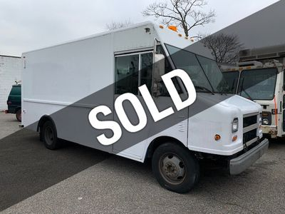 2001 Workhorse P-42 14.7 FOOT STEP VAN