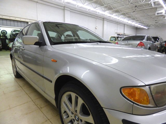 2002 BMW 3 Series 330xi - Click to see full-size photo viewer