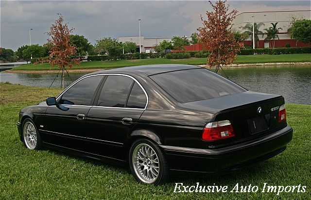 2002 BMW 5 Series 530i - Click to see full-size photo viewer