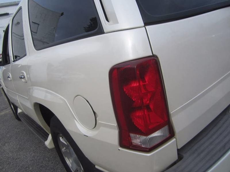 2002 Used Cadillac Escalade AWD 4X4 / 6 0L V8 at Contact Us Serving Cherry  Hill, NJ, IID 16720215
