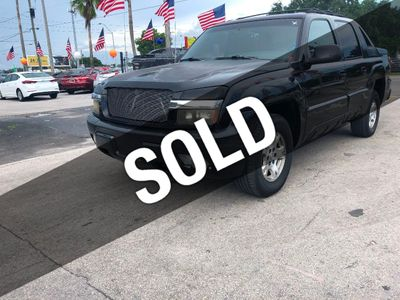 "2002 Chevrolet Avalanche 1500 5dr Crew Cab 130"" WB 4WD Truck"