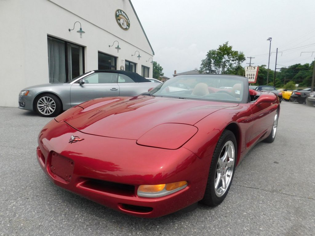 2002 Chevrolet Corvette 2dr Convertible - 17933260 - 0
