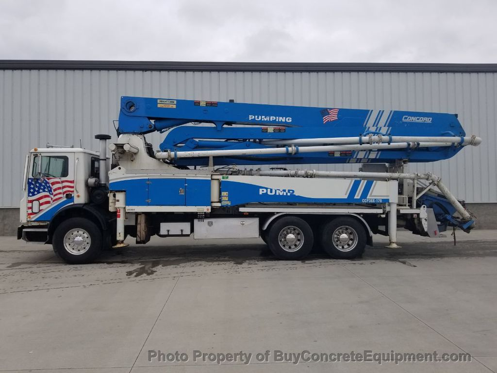 2002 Concord 36m Mack Chassis - 18296220 - 3