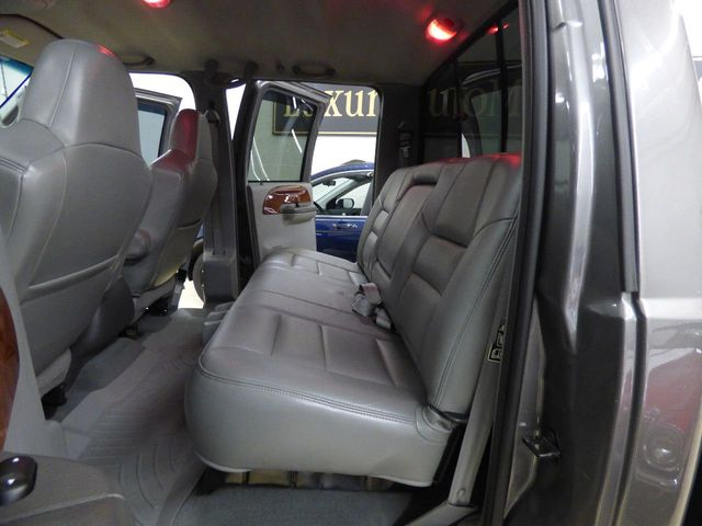 """2002 Ford Super Duty F-250 Crew Cab 156"""" Lariat 4WD - Click to see full-size photo viewer"""