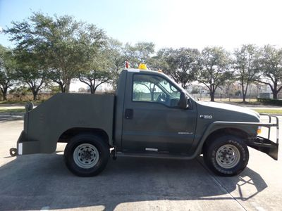 2002 Ford Super Duty F-350 AIRCRAFT PUSHBACK TRACTOR 7.3L Diesel - Click to see full-size photo viewer