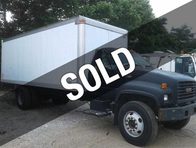 2002 GMC C7500  22 Foot Box Truck