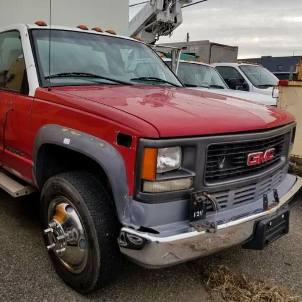 2002 GMC Sierra 3500 HD  Landscape Dump Truck Actual 15K Miles Documented & certified by Carfax - 17179564 - 1