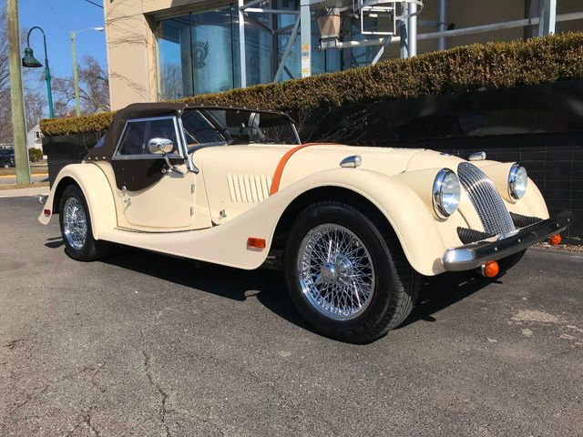 2002 Morgan Plus 8 2002 Morgan Plus 8, Attractive Spec, Many Updates