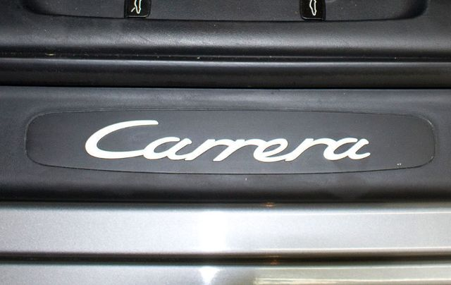 2002 Porsche 911 Carrera  - Click to see full-size photo viewer