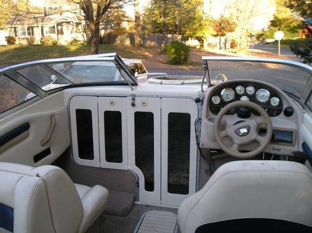 2002 Stingray Cubby Cabin 20' - 16429698 - 9