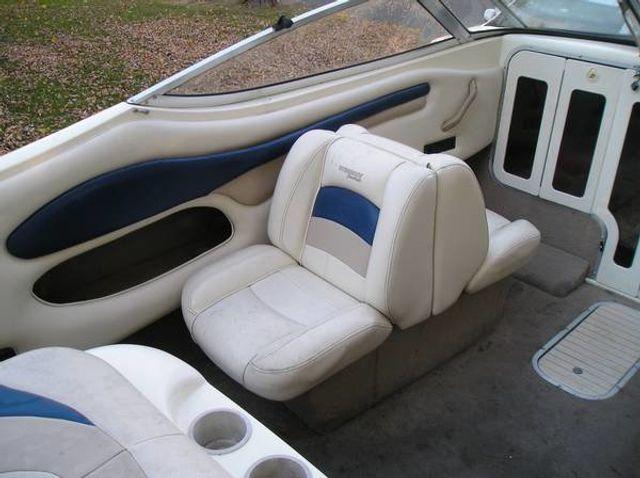 2002 Stingray Cubby Cabin 20' - 16429698 - 3
