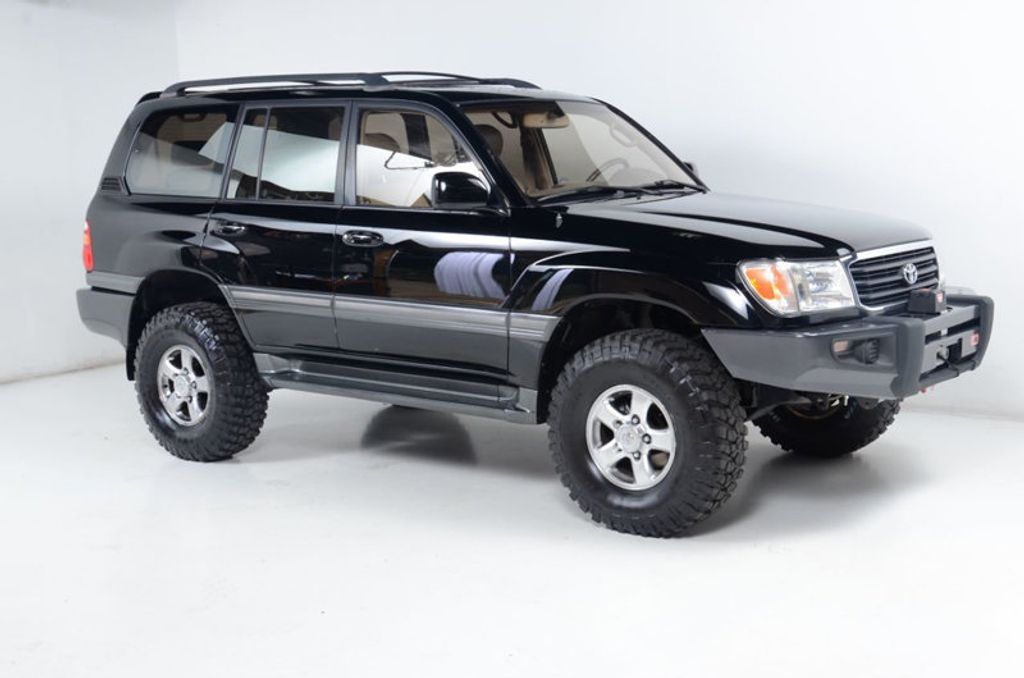 2002 Toyota Land Cruiser 4WD-HEATED SEATS-DUAL POWER SEATS-CLEAN CAR-FAX 1-OWNER - 16604060 - 6
