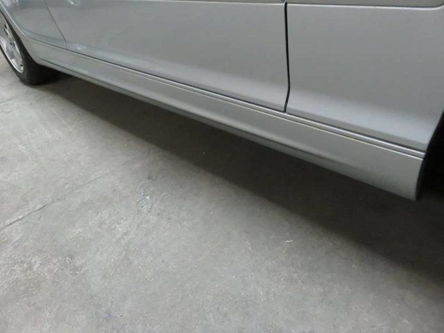 2003 BMW 3 Series 325i 5 SPEED