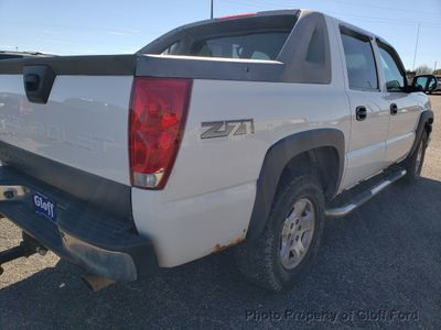 "2003 Chevrolet Avalanche 1500 5dr Crew Cab 130"" WB 4WD - Click to see full-size photo viewer"