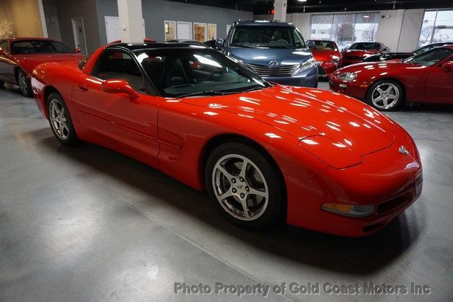 2003 Chevrolet Corvette 2dr Coupe - Click to see full-size photo viewer