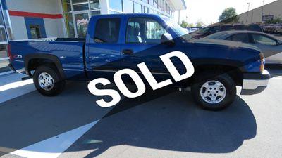 2003 Chevrolet Silverado 1500 2003 CHEVY EXT. CAB 1/2 TON 4X4 Truck