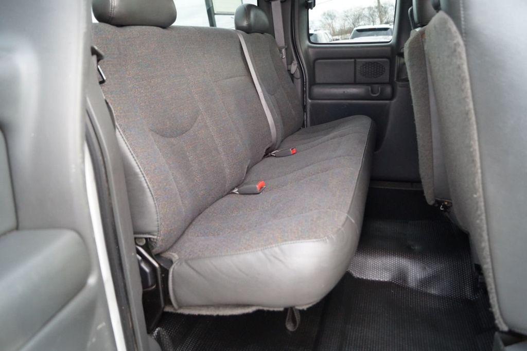2003 Chevrolet Silverado 2500HD 2003 CHEVROLET SILVERADO 2500 HD EXT CAB 4WD 615-730-9991 - 18595494 - 13