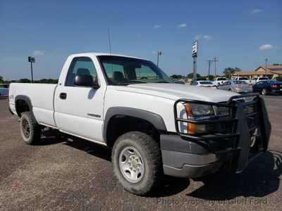 "2003 Chevrolet Silverado 2500HD Reg Cab 133"" WB 4WD Work Truck - Click to see full-size photo viewer"