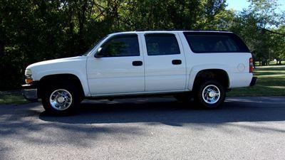 2003 Chevrolet Suburban 4dr 2500 4WD LS SUV