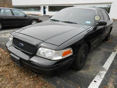 2003 Ford Crown Victoria Police Interceptor Sedan