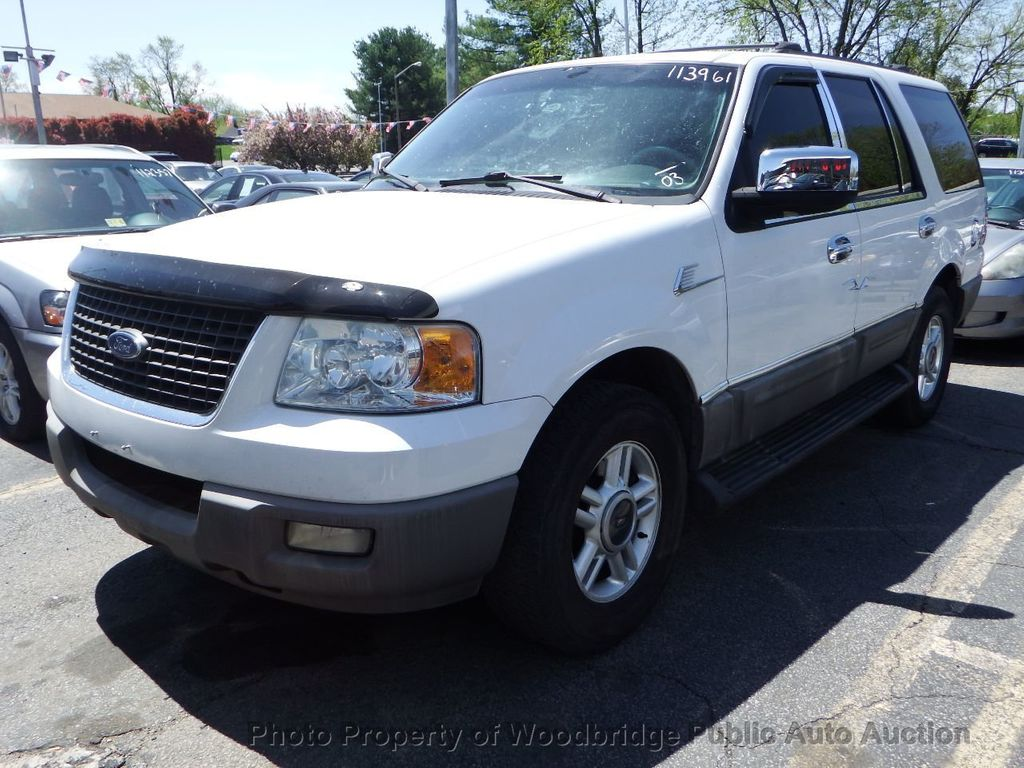 2003 Ford Expedition  - 17596118 - 0