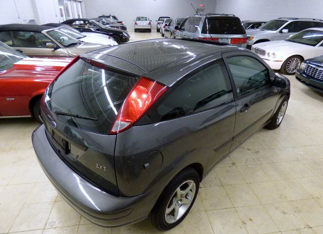 2003 Ford Focus 3dr Coupe ZX3 Pwr Premium - Click to see full-size photo viewer