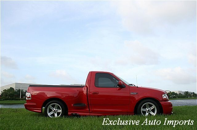 "2003 Ford F-150 Reg Cab Flareside 120"" Lightning - Click to see full-size photo viewer"