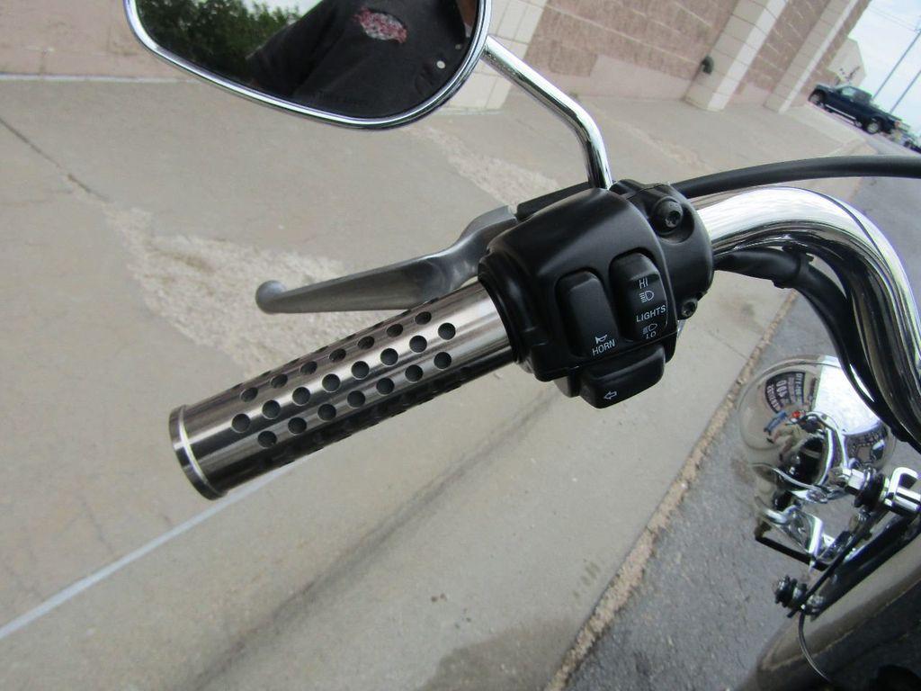 2003 Harley-Davidson FLSTFI Fat Boy - 16615923 - 9