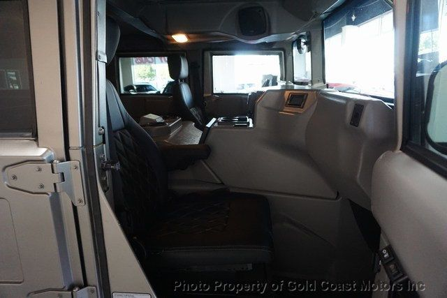 2003 HUMMER H1 4-Passenger Wagon Enclosed - 19302168 - 36