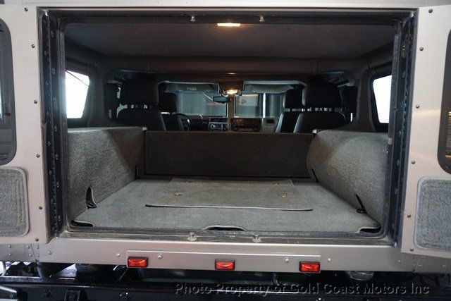 2003 HUMMER H1 4-Passenger Wagon Enclosed - 19302168 - 43