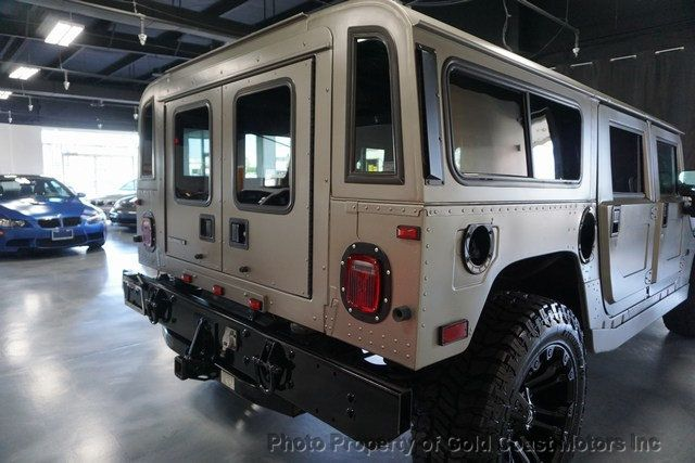 2003 HUMMER H1 4-Passenger Wagon Enclosed - 19302168 - 53