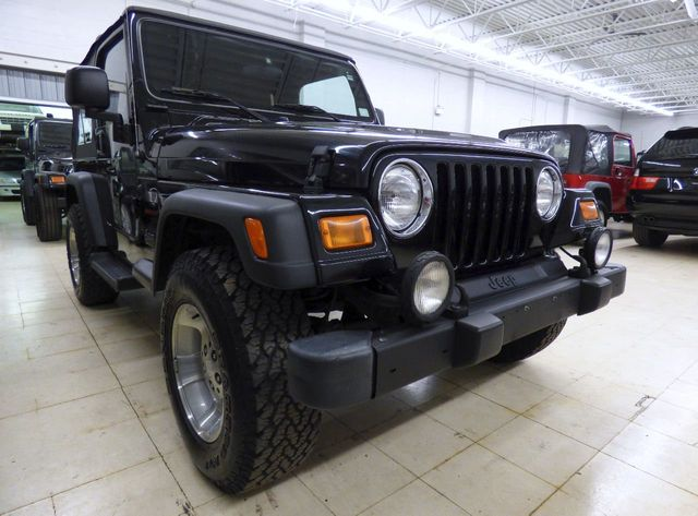 2003 Jeep Wrangler Sport - Click to see full-size photo viewer