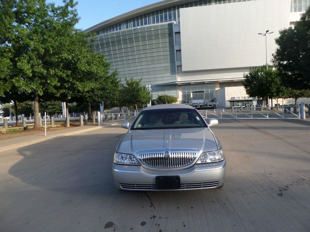 "2003 Lincoln Town Car LCW 100"" 5th Door Used Limousine Used Limo For Sale - 18175379 - 15"
