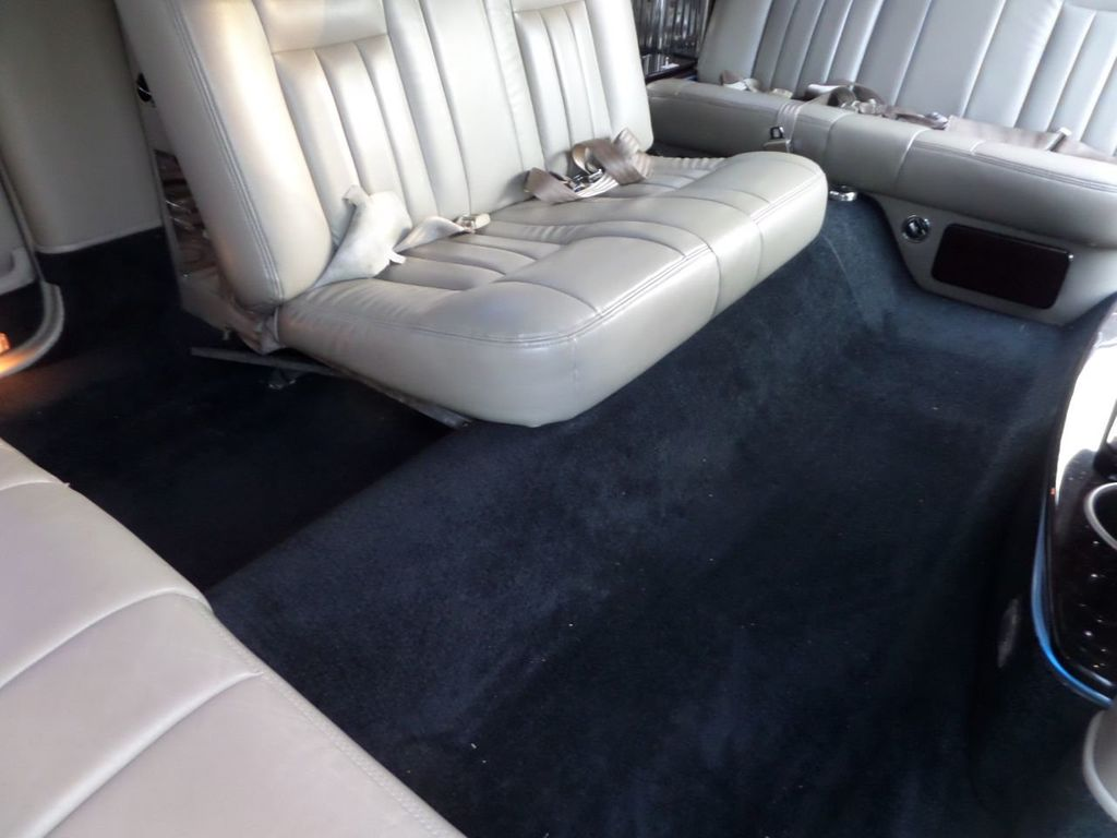 "2003 Lincoln Town Car LCW 100"" 5th Door Used Limousine Used Limo For Sale - 18175379 - 22"
