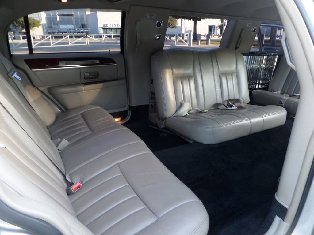 "2003 Lincoln Town Car LCW 100"" 5th Door Used Limousine Used Limo For Sale - 18175379 - 27"
