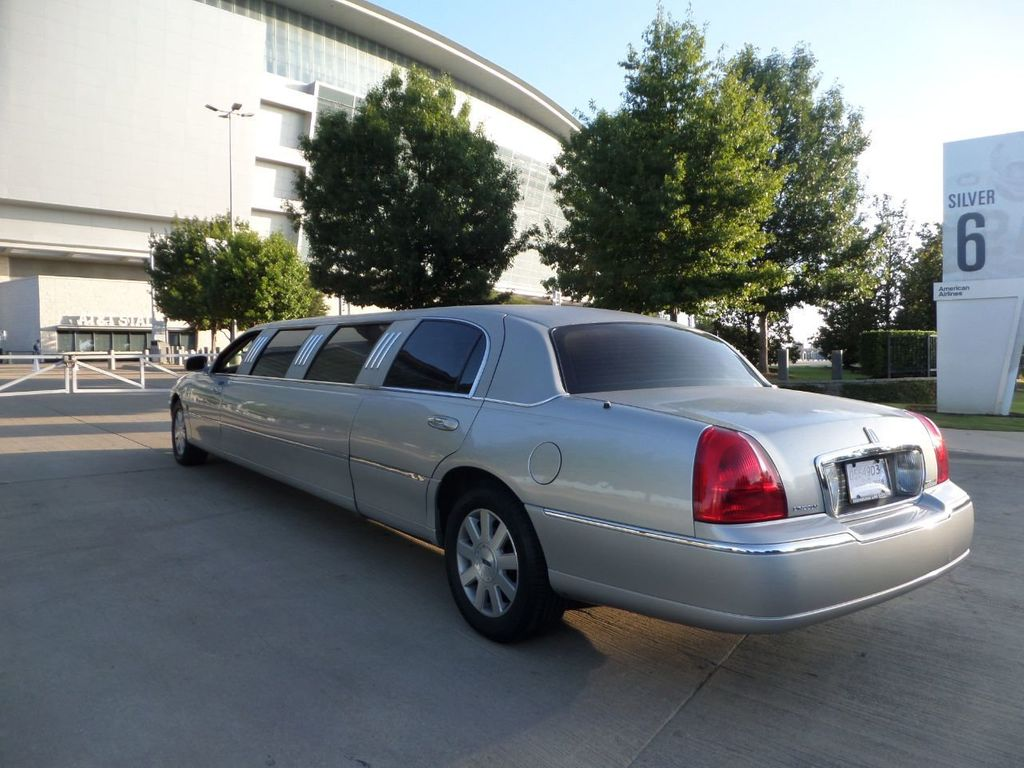 "2003 Lincoln Town Car LCW 100"" 5th Door Used Limousine Used Limo For Sale - 18175379 - 28"