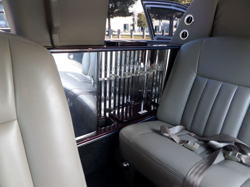 "2003 Lincoln Town Car LCW 100"" 5th Door Used Limousine Used Limo For Sale - 18175379 - 30"