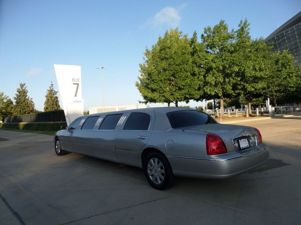 "2003 Lincoln Town Car LCW 100"" 5th Door Used Limousine Used Limo For Sale - 18175379 - 35"