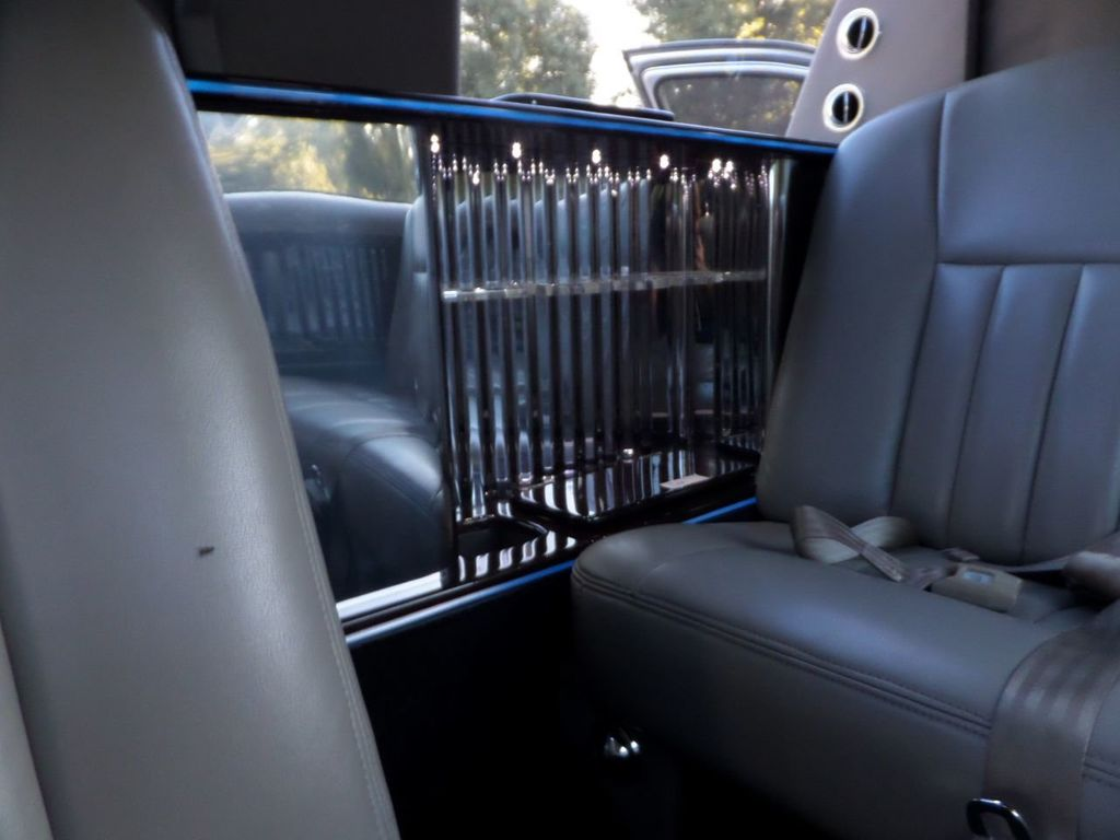 "2003 Lincoln Town Car LCW 100"" 5th Door Used Limousine Used Limo For Sale - 18175379 - 42"