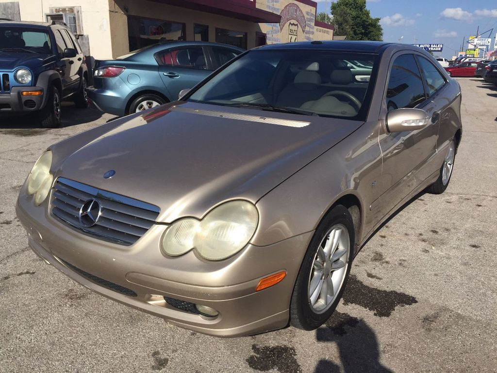 2003 used mercedes benz c class c230 2dr coupe 1 8l at for Mercedes benz hatchback c230