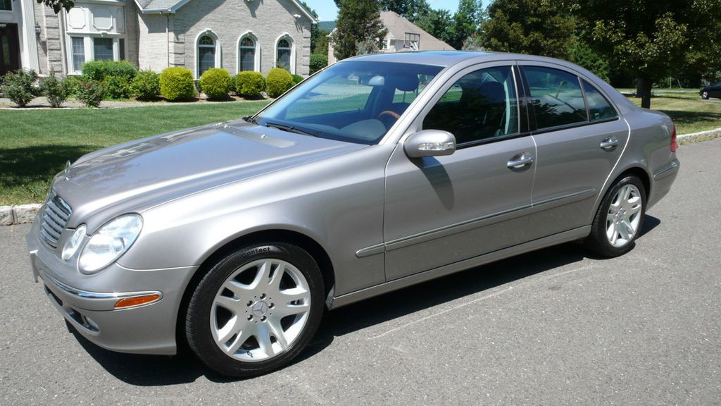 2003 Mercedes-Benz E-Class E500 4dr Sedan 5.0L - 15318086 - 0