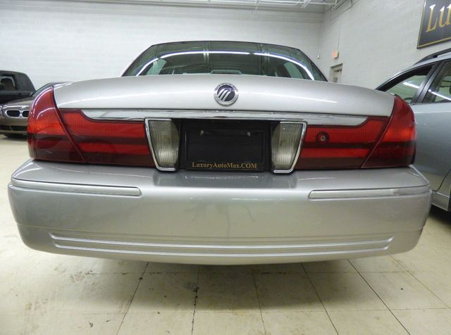 2003 Mercury Grand Marquis GS - Click to see full-size photo viewer