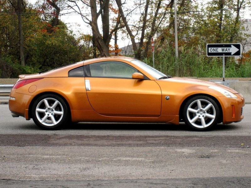 2003 Nissan 350Z 2dr Coupe Touring Manual Trans - 19500479 - 9