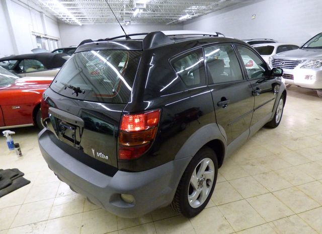 2003 Pontiac Vibe 4dr Hatchback - Click to see full-size photo viewer