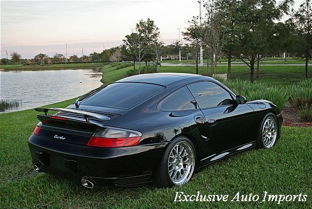 2003 Porsche 911 Turbo - Click to see full-size photo viewer