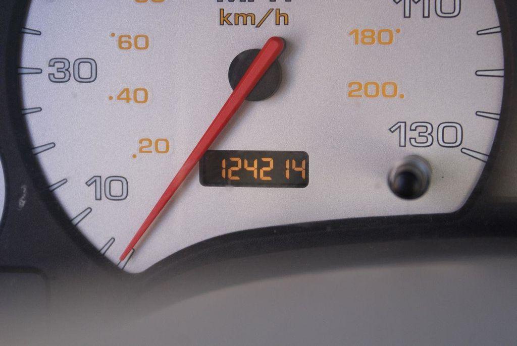 2003 Saturn LS L-300 Automatic - 13413180 - 18
