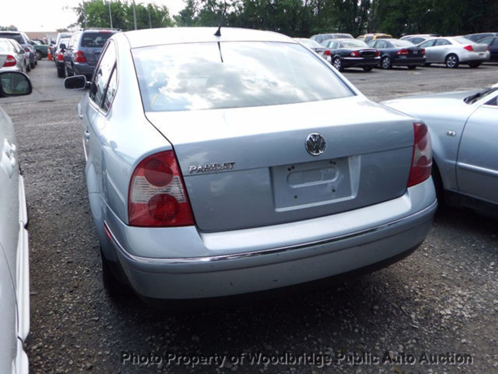 2003 Volkswagen Passat 4dr Sedan GLS Manual - 16731163 - 3